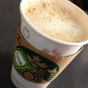 スタバ カスタマイズ カフェミストのエクストラコーヒー 豆乳で