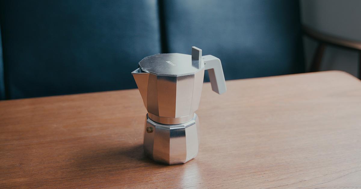 ALESSI /アレッシィのMOKAエスプレッソコーヒーメーカー、  デザインかわいくてお気に入り。