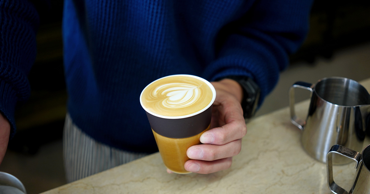 【日本のモノづくりと】Allpress Espresso  Arita Porcelain Cup、 惚れ惚れするほどかっこいいです。