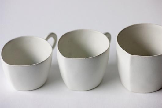 安藤雅信さんの白いカプチーノ・コーヒー・カフェオーレカップ