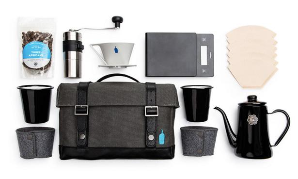 ブルーボトルコーヒーとTIMBUK2のコラボによるトラベルキット
