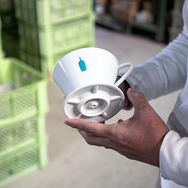 【窯元訪問】最新技術と、伝統技術と、コーヒーへの熱い想いで  ブルーボトルコーヒーのドリッパーはできている。
