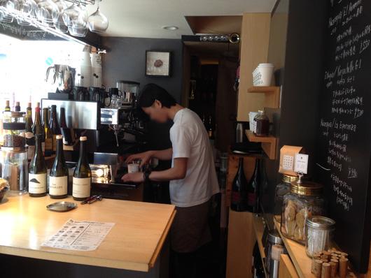 【福岡 天神】ワインとスペシャルティーコーヒー専門店『ECRU.』