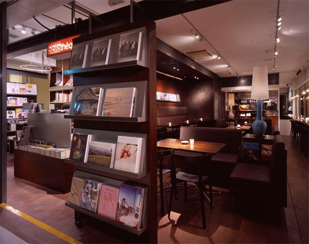 パンケーキが人気のお店 cafe & books biblioteque(カフェ&ブックス ビブリオテーク)