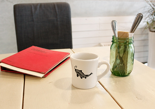 SHIROUZU COFFEE ROASTER マグカップ・コーヒー