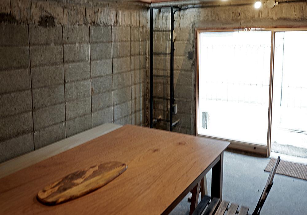 NIYOL COFFEE ニヨルコーヒー 地下室