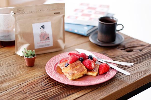 manu coffeeの『さくらブレンド』と苺フレンチトースト