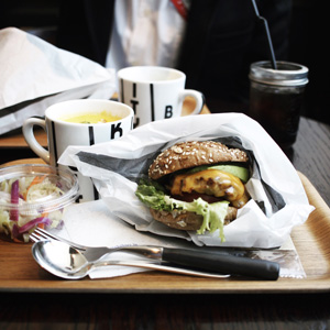 THE CITY BAKERY BAR & BURGER RUBIN(福岡・天神)