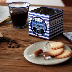 ARiSE COFFEEROASTERSのコーヒー、『PERU CECOVASA』と『DOMINICA ALFREDO DIAZ PRINCESA』。