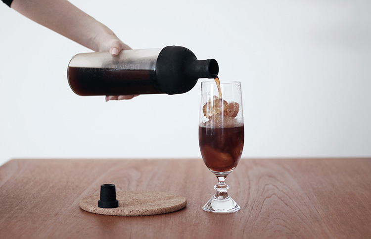 水出しコーヒー(HARIO フィルターインコーヒーボトル)