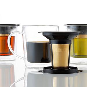 カップにコーヒー粉とお湯を注ぐだけ!cores(コレス)から、ゴールドフィルターダブルウォールマグが登場です。