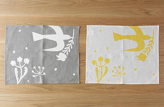 fog linen workのリネンを鹿児島さんの切り絵で彩ったリネンシリーズ「fog for La fleur」のプレイスマット