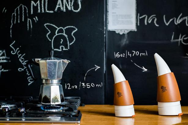 ヤギのツノの形をしたコーヒータンブラー GOAT STORY GOAT MUG