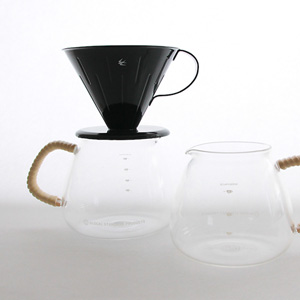 GLOCAL STANDARD PRODUCTSから、オリジナルの耐熱コーヒーサーバー『GSP COFFEE SERVER』が登場してます。