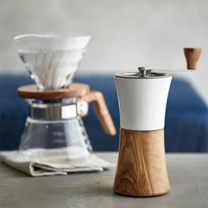 HARIO(ハリオ)から、新しいコーヒーミルが登場『セラミックコーヒーミル・ウッド』