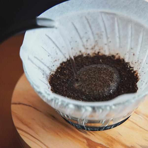 HARIO V60 での美味しいドリップコーヒーの淹れ方
