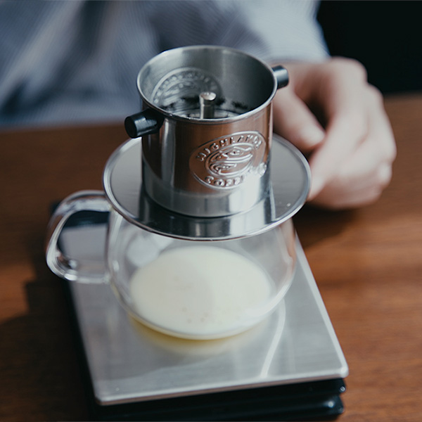 ベトナムコーヒーの定番【ハイランズコーヒー】 正規通販で買えるように!