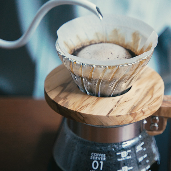 【ハンドドリップの始め方】何から始める?コーヒーの道具とドリップの基本