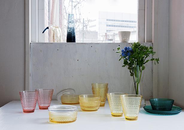 イッタラ Kastehelmi(カステヘルミ)の限定カラー レモン・サーモンピンク・エメラルド