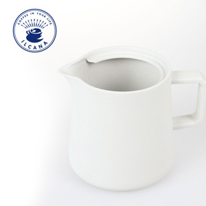ILCANA(イルカナ)から、コーヒーサーバー『セラミックサーバー』が新登場です!雰囲気良い感じ。