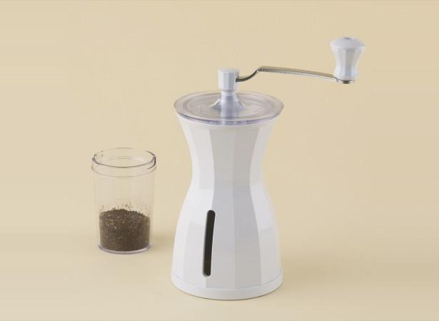 コーヒーハンター川島良彰氏 × 貝印のコーヒーミル『The Coffee Mill』に新色スノーホワイトが新登場!