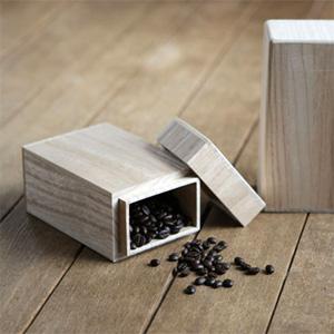 桐たんす職人が桐で作ったコーヒー豆専用保存容器