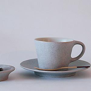 桑原典子さんのコーヒーカップ&ソーサー