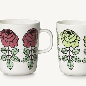 マリメッコ Vihkiruusu(ヴィヒキルース/ウェディングローズ)柄 日本限定カラーのマグカップが登場です。