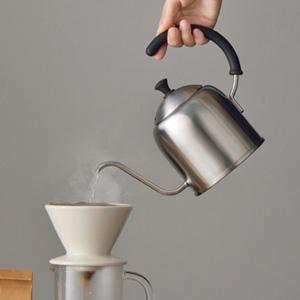 新潟県燕市製、『Miyacoffee』のドリップケトルがグッドデザイン。