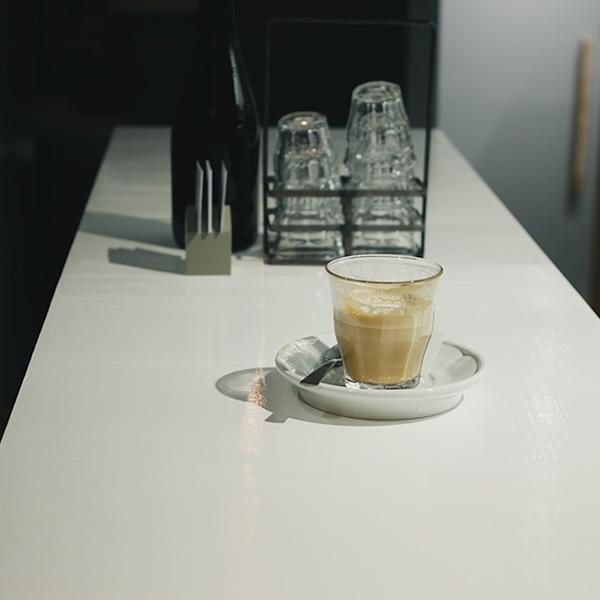 行きつけの店にしたくなる、MODOO'S COFFEE BREWERSへ。