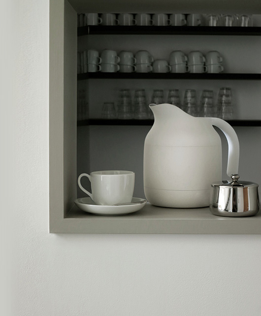 無印良品(MUJI) 深澤直人氏が新たに監修 キッチン家電2014の電気ケトル