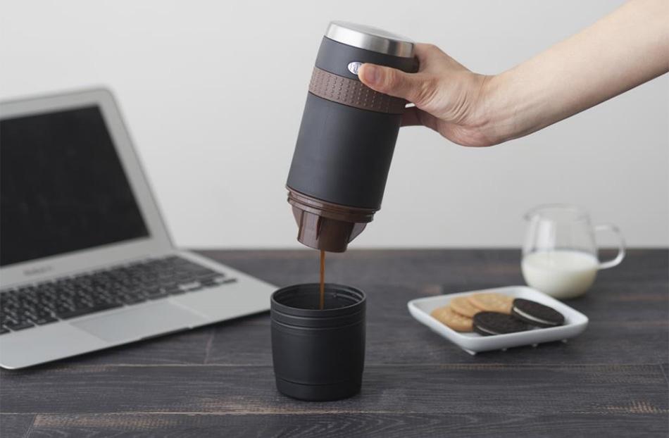 ドウシシャ ONECOFFEE ポータブルコーヒーメーカー
