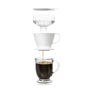 OXO(オクソー)から、お湯を注いで自動でドリップ!オートドリップ コーヒーメーカーが新発売。