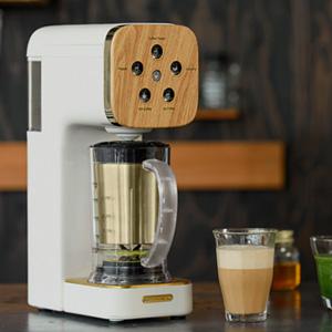 ミキサーとコーヒーメーカーが一緒になった『クワトロチョイス』が、便利そう。