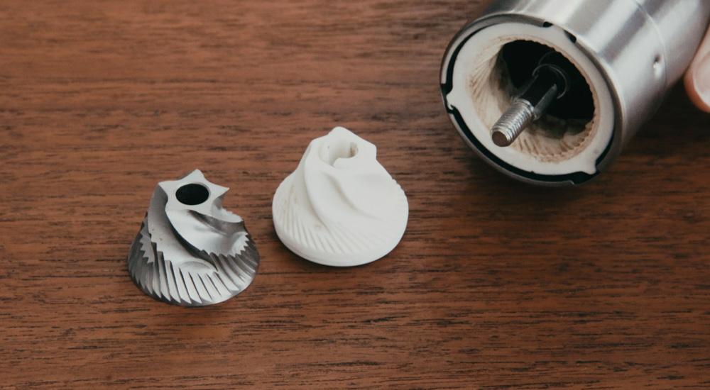 ミル刃の材質(セラミック・金属)