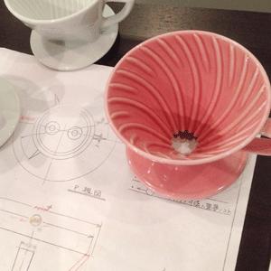 ハリオ V60透過ドリッパー セラミック製造者の方による『有田焼 × コーヒー』のセミナーに行ってきました。