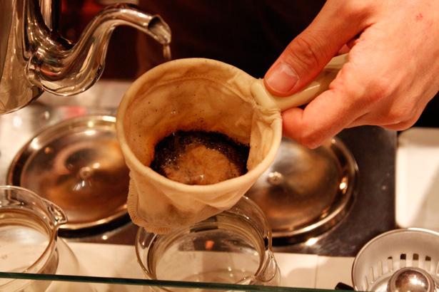 豆香洞コーヒーセミナー ネルドリップ