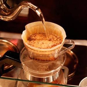 2013焙煎世界チャンピオンが経営するコーヒー店 豆香洞コーヒーの『コーヒーセミナー 応用編』へ行って来ました。