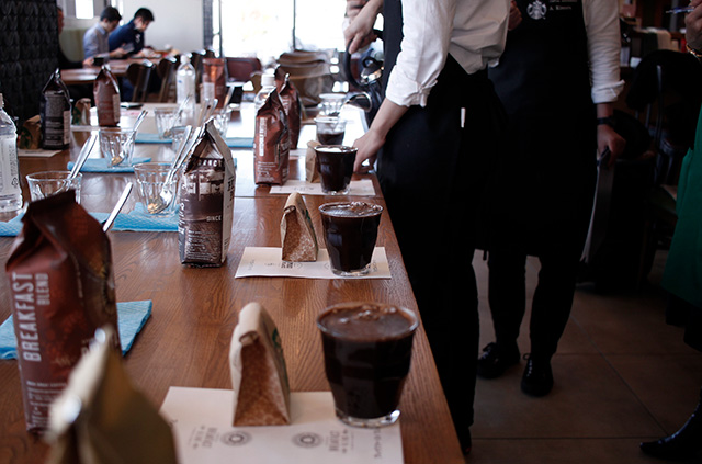 スターバックスの店舗限定コーヒーセミナー『カスタムブレンド編』