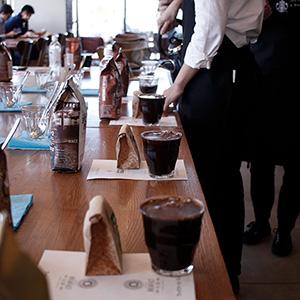 スターバックスの店舗限定コーヒーセミナー『カスタムブレンド編』へ行って来ました。