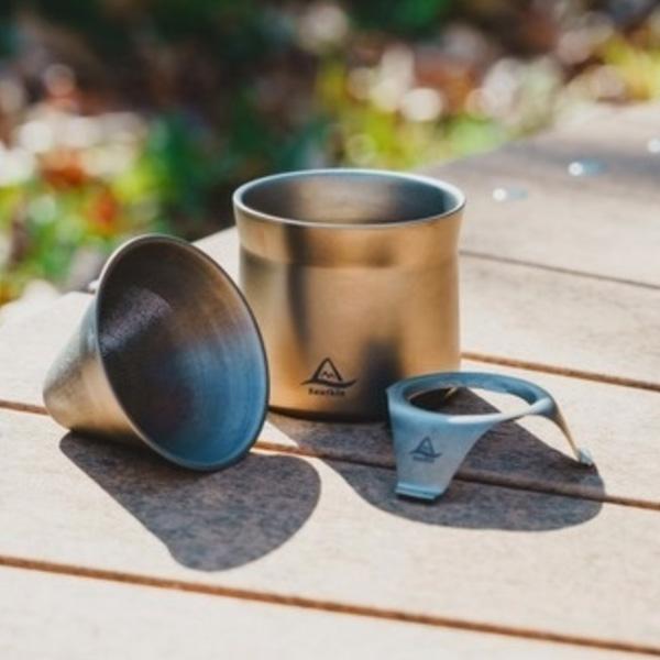 Snufkinの純チタン製 coffee&teaメーカーが、すごく良さそう。