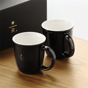 オンラインショップ限定のスターバックス リザーブ®のロゴがデザインされたデミタスカップがかわいい。