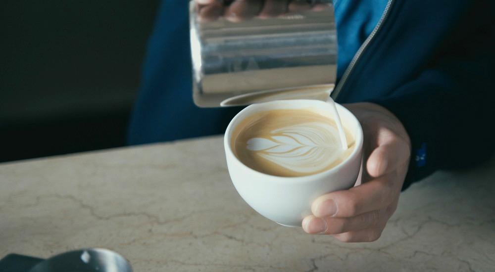 COFFEE & CAKE LULU