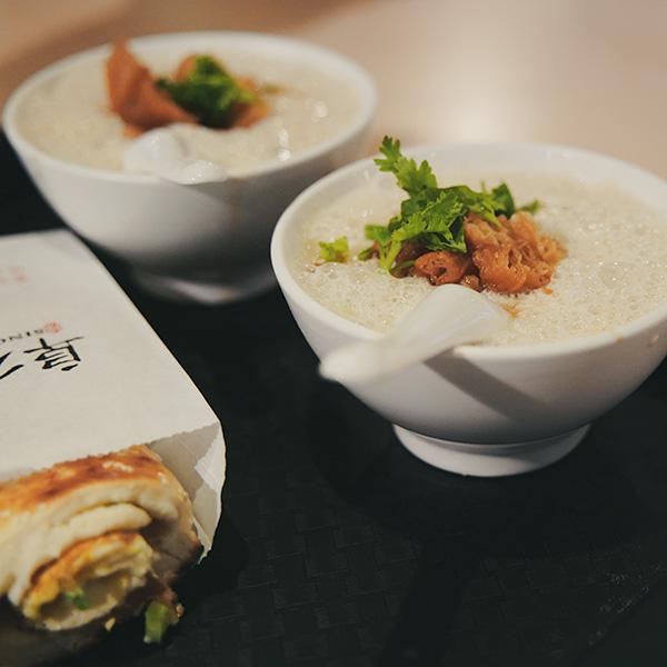 【台北】超人気の朝ごはんを食べに、阜杭豆漿(フーハン・ドゥジャン)へ。