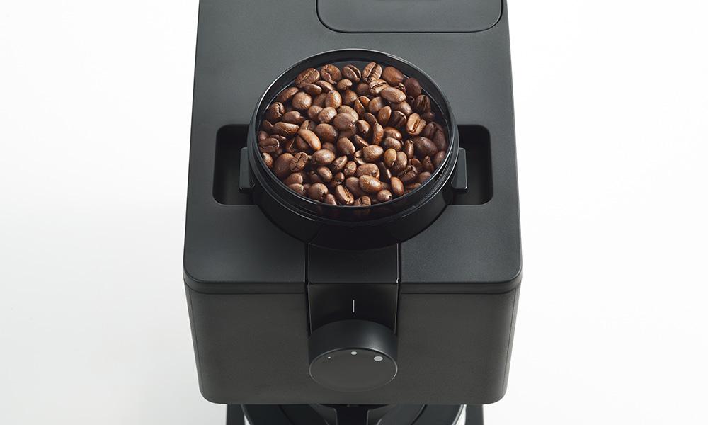 TWINBIRD(ツインバード)全自動コーヒーメーカー CM-D457B コーヒー豆をセット