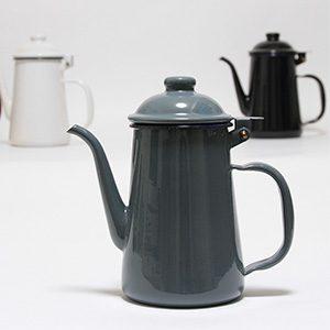 GLOCAL STANDARD PRODUCTS(グローカルスタンダート プロダクツ)から琺瑯のコーヒーポットが新登場、かわいいです。