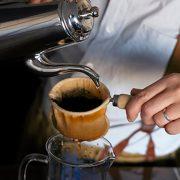 東屋が製品化。  【大坊珈琲】のコーヒーポットとネルフィルター
