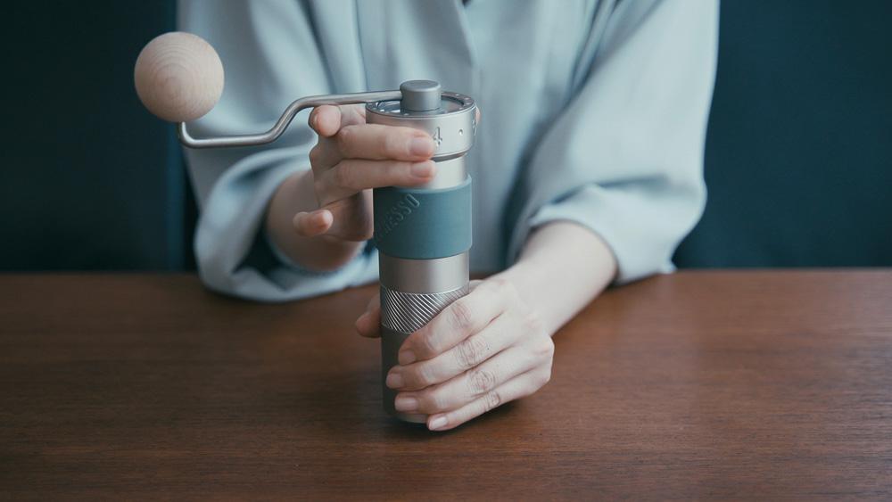 1Zpresso コーヒーグラインダー 挽き具合の調節方法